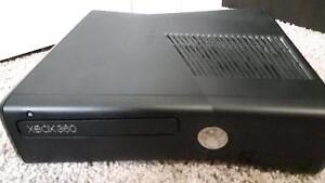 Showroom Condition Xbox 360 + 6 Games, 2 Controlers, 1 Headset