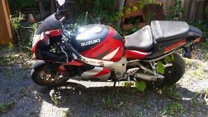Gsx-r 750 1998 SRAD injection