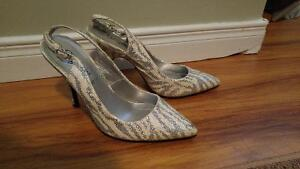 Women size 7 shoes ONLY $5