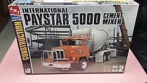 IH Paystar 5000 Cement Mixer Peterborough Peterborough Area image 1