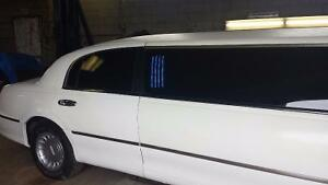 REDUCED -2000 Lincoln Town Car Stretch Limo with Custom Interior