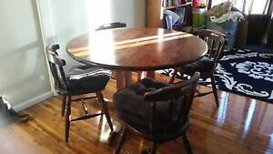 Round Dining Table and 4 Chairs Blacktown Blacktown Area Preview