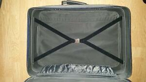 2 Suit Cases 4 Sale Regina Regina Area image 2