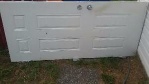 Selling metal door and frame 8'x3'