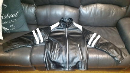 BRAND NEW LEATHER MOTORCYCLE JACKET