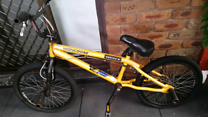 MONGOOSE FREESTYLE BOYS BIKE Ardeer Brimbank Area Preview
