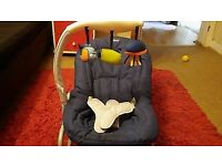 Chicco Baby Bouncer in Blue