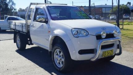 2011 Great Wall V240 White Manual Cab Chassis