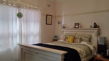 Coogee/Randwick Gorgeous room for rent - available Tue 22 Aug!