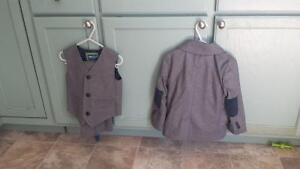 Two adorable grey ring bearer suits fits 2t-4t Sarnia Sarnia Area image 1