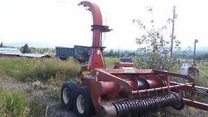 7500 Hesston Forage Harvester