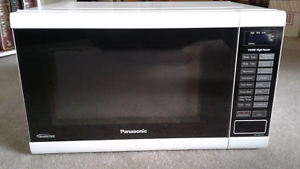 PANASONIC INVERTER 32L 1100W MICROWAVE Quinns Rocks Wanneroo Area Preview