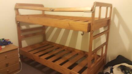 Kids SOLID wood bunk bed. Needs repir on top rail.