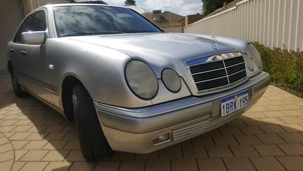 Mercedes Benz E200 W210 Elegance 1999 156ks