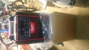 Milwaukee M18 job site radio/charger Moorooka Brisbane South West Preview