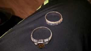 2 X vintage  9CT gold  rings Paradise Campbelltown Area Preview