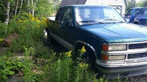 price drop 1995 Chevrolet C/K Pickup 1500 Pickup Truck