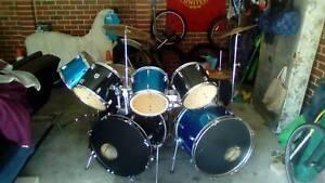 Ten pce drum kit Joondalup Joondalup Area Preview