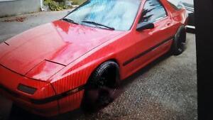 1986 Mazda RX-7 Coupe (2 door)