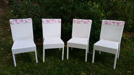 WHITE CANE CHAIRS FOR HIRE