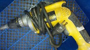 dewalt dry wall screw gun