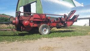 MASSEY 124 SQUARE BALER + THROWER