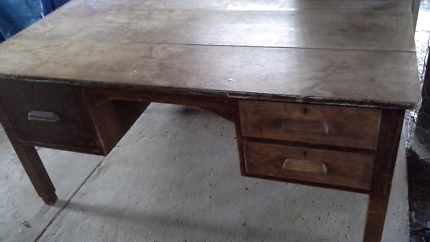 Large old vintage solid wood (Silky Oak) desk/table with drawers