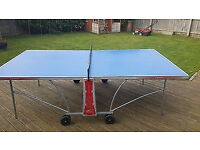 Equinox Cornilleau table tennis with waterproof cover - bats and balls