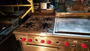 72″ Quest Range With 2 Ovens and Flat Top