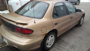 1998 Pontiac Sunfire Sedan Kitchener / Waterloo Kitchener Area image 2