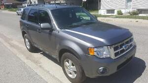 2009 Ford Escape XLT SUV, Certifed and E-tested London Ontario image 3