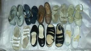 SEVERAL PAIRS OF SIZE 6 WOMEN'S SHOES AND SANDALS Cambridge Kitchener Area image 1