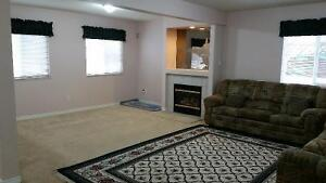 Two bedroom ground level unit for rent $1000