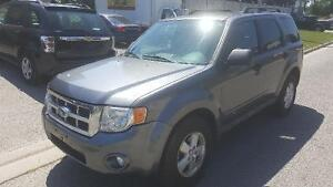 2009 Ford Escape XLT SUV, Certifed and E-tested London Ontario image 4
