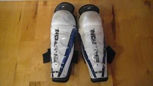 Hockey Shin Pads- Easton Synergy L4- 11 inches