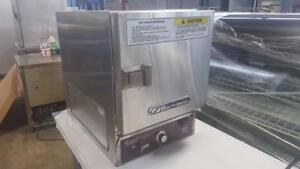 SOUTHBEND COUNTER TOP STEAMER ( MINT CONDITION )