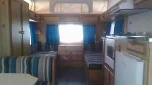 "1982 Viscount Grand Tourer Caravan 15"" 6' e'thing works, no leaks Thompson Beach Mallala Area Preview"