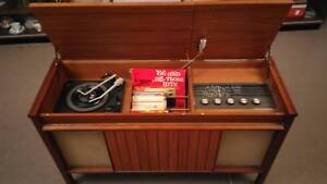 Kriesler Multi Sonic Stereo Valve Radio Turntable Phonograph 1965 Newcastle Newcastle Area Preview