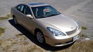 2002 Lexus ES 300 Luxury Sedan