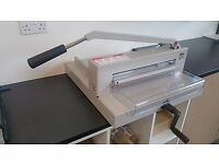 Ideal 4205 guillotine - Make us an offer.