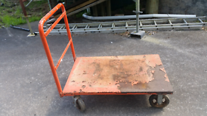 Trolley with  brakes on rear wheels Fountaindale Wyong Area Preview