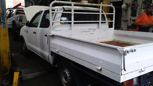 Wrecking a 2005 Toyota Hilux 2wd