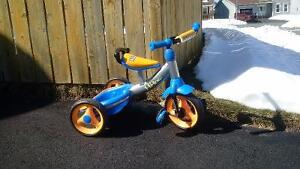 Tricycle - Huffy Hi-Low Tricycle
