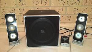 Set of 3 speakers/ One Sub-Wofel  good condition Clifton Beach Cairns City Preview