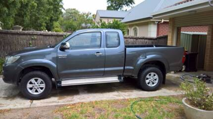 """RARE Hilux SR5 genuine rims and tyres 15"""" x 4 good condition"""