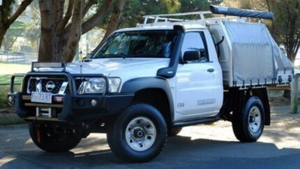 2016 Nissan Patrol Y61 Series 5 MY15 ST White 5 Speed Manual Cab Chassis