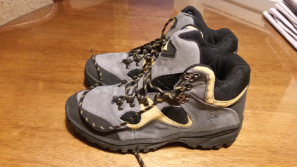 $50. Dunlop Work Boots Size 9 Mens. Brand New Unused. These are n