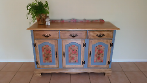Gorgeous Buffet Doreen Nillumbik Area Preview