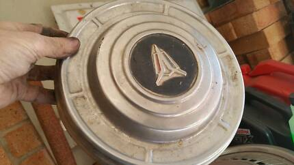 VALIANT wheel hubcap cover   Melb