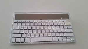 Logitech k760 solar keyboard Canning Vale Canning Area Preview